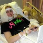 Abby no pós-cirúrgico da operação da ATM