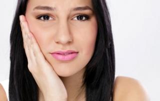 Como tratar o deslocamento da mandíbula?