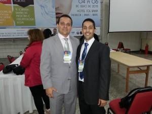 Prof. Dr. Jeidson Marques, presidente do Congresso (à esquerda) e Dr. Marcelo Matos