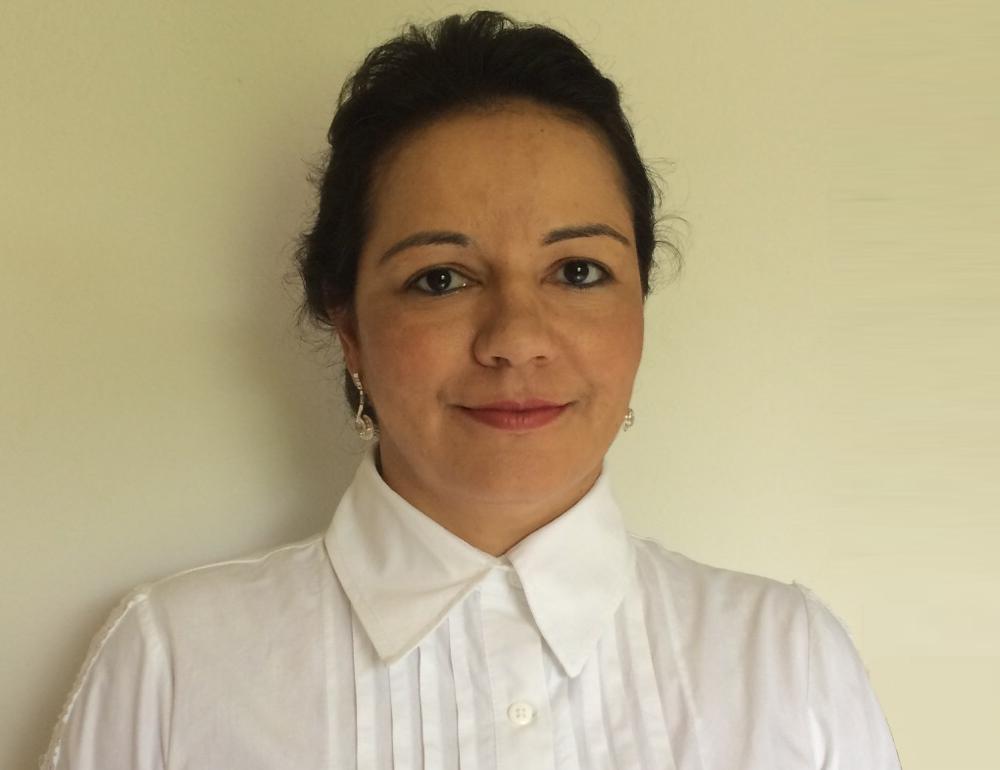 Dra. Lucíola Pina